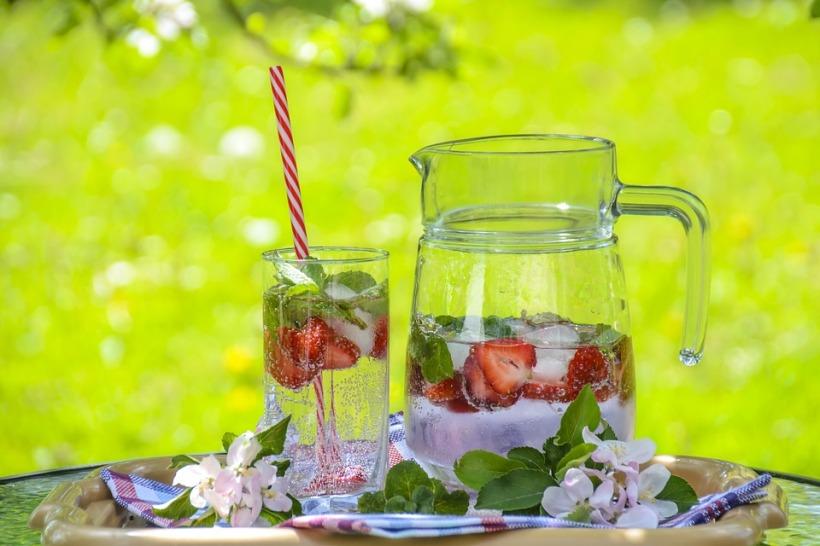 strawberry-drink-1412232_960_720